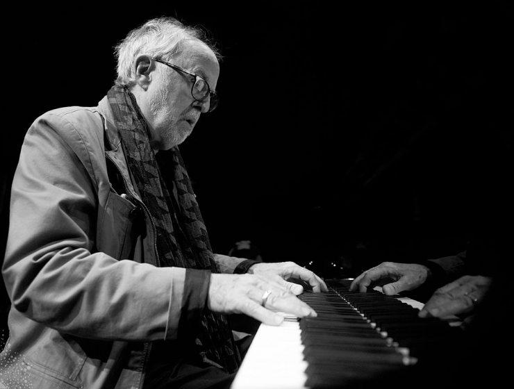 Bob James Returns to Trio Format in New Album