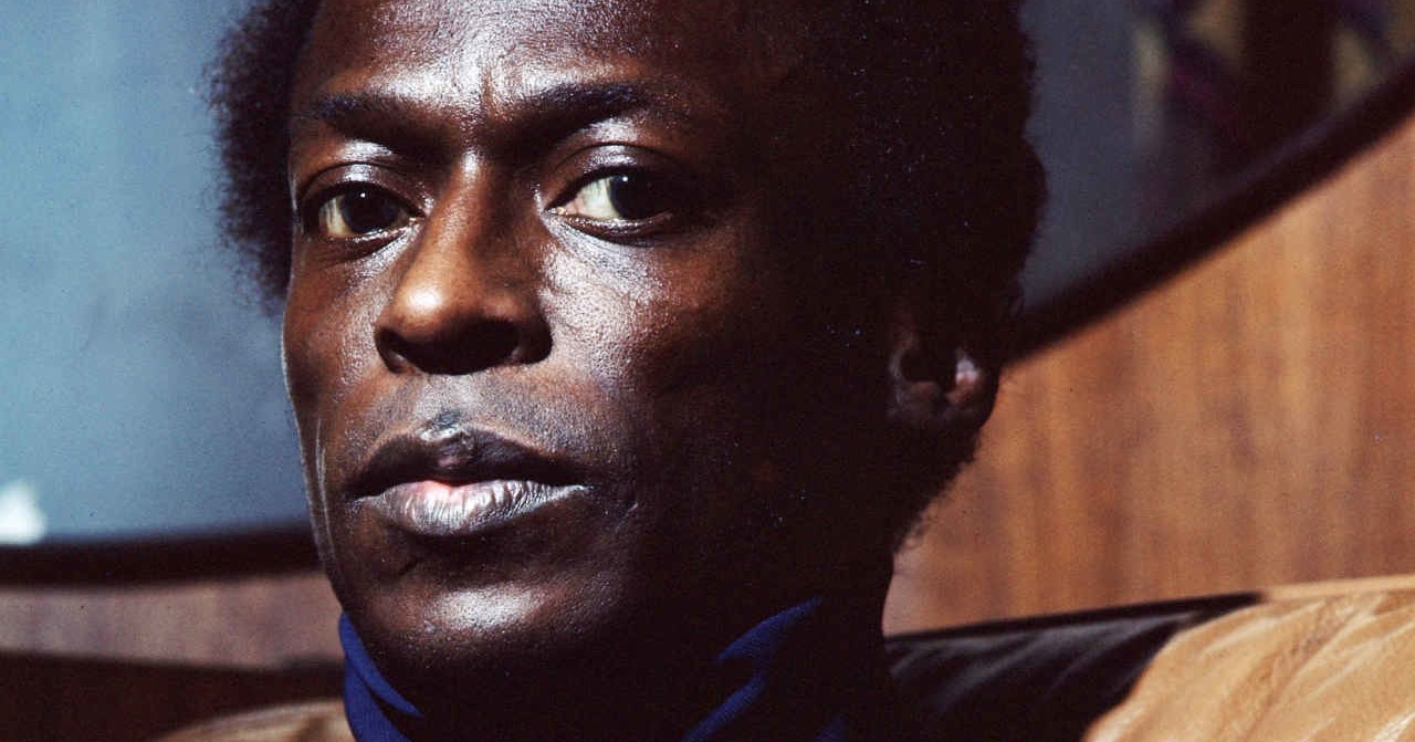 "Miles Davis - ""In A Silent Way"""
