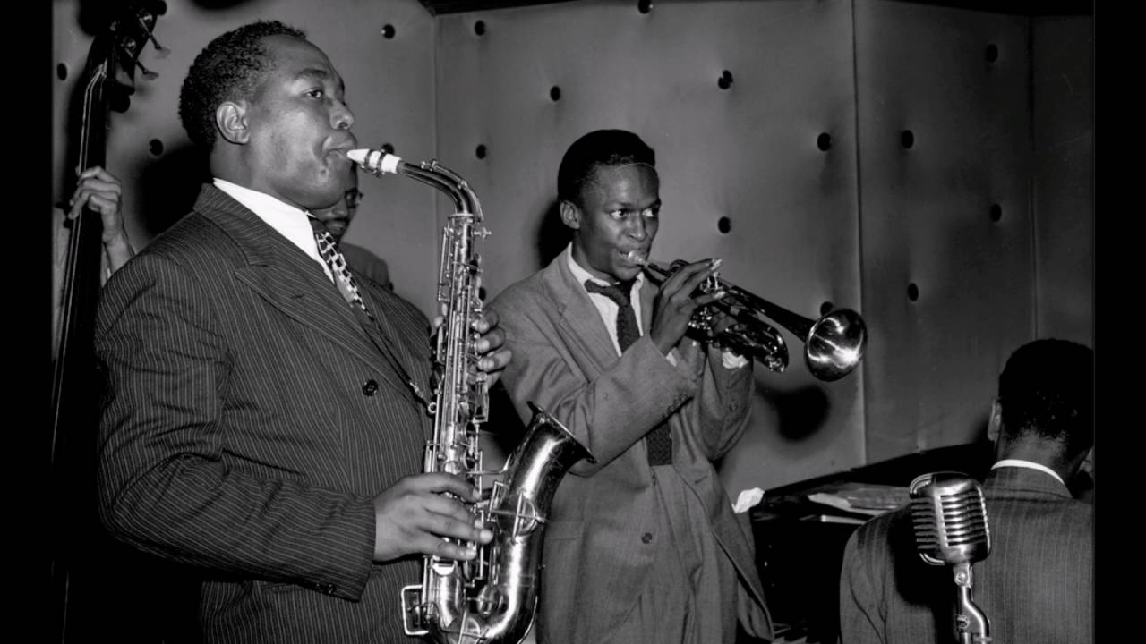 """Miles Davis featuring Charlie Parker – """"Sippin' at Bells"""""""